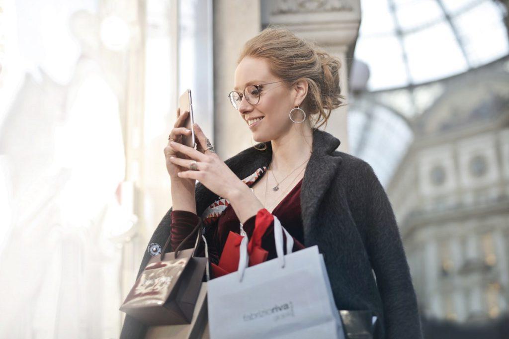 requisitos-para-abrir-una-tienda-online-atencion-al-cliente