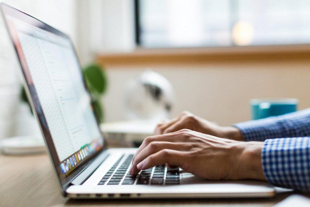 plugin-para-mejorar-la-velocidad-en-wordpress-portatil
